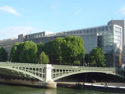 ジャン・ヌーヴェルの建築: 建築...